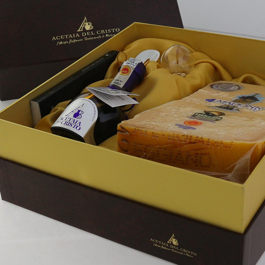 Confezione REGALO con Tappo Dosatore e Cucchiaino in Porcellana di Aceto Balsamico Tradizionale di Modena DOP Tradizionale GINEPRO e Parmigiano Reggiano