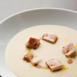 vellutata-di-cavolo-maialino-e-aceto-balsamico-tradizionale-ciliegio