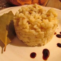 risotto al parmigiano reggiano e aceto balsamico tradizionale di modena